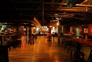 Seahorse Tavern @ Dave Henery 2009